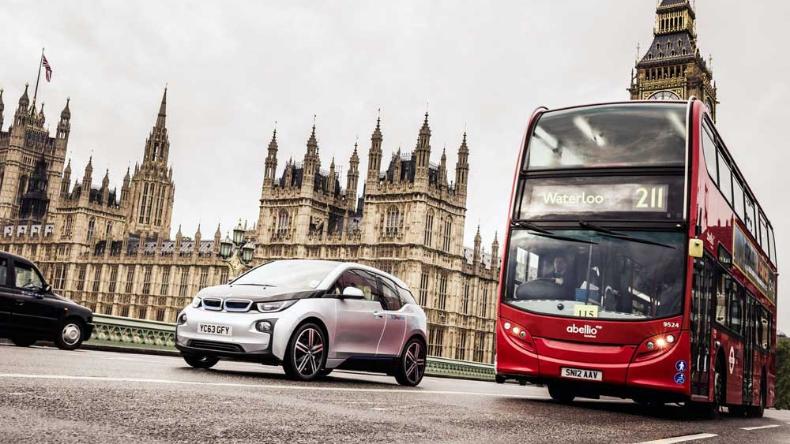 Лондон со нов данок за старите автомобили  10 фунти дневно