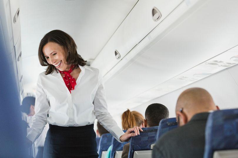 Зошто стјуардесите мразат да служат Кока Кола